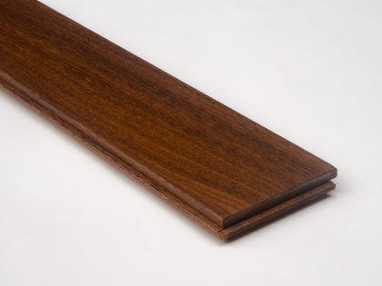 UV lacquered solid wood flooring - 15 x 90